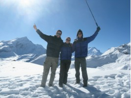 Trimuph at the top of the Thorung Pass 5,416 metres