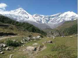 Off the beaten track on the back of Annapurna Circuit